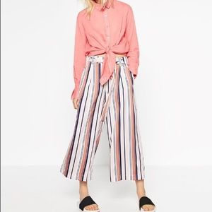 Zara stripe cropped pants Medium